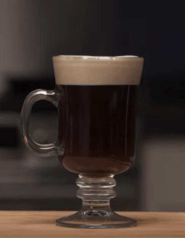 Irish Coffee: heiß und lecker in nur 7 Min.
